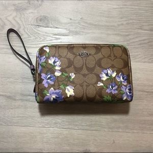 Coach Boxy Cosmetic bag Case Lily Floral Print